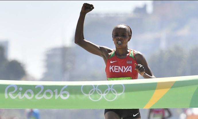 Campeã olímpica no Rio, Jemima Sumgong tenta manter hegemonia queniana na São Silvestre (Foto: Divulgação)